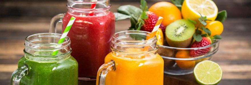 smoothies dans des jars
